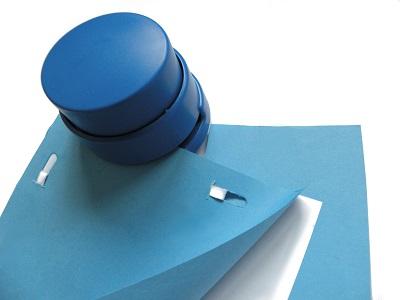 Engrapadora sin grapas (detectable de una sola pieza)