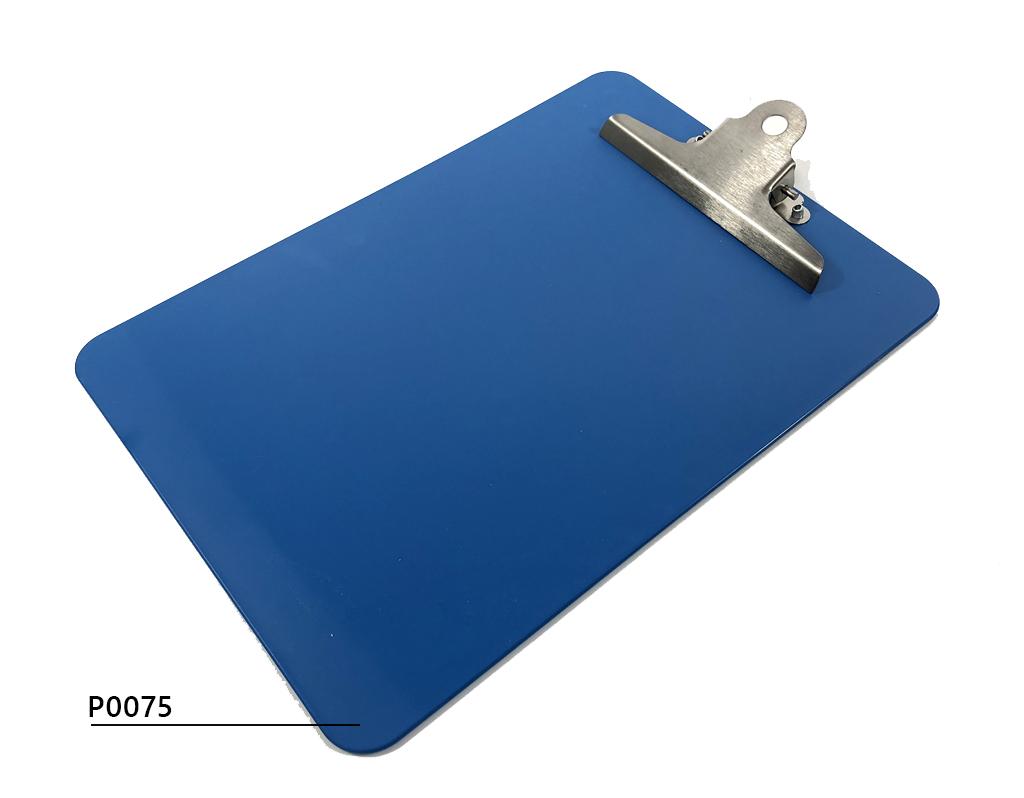 Detectable plastic clipboard